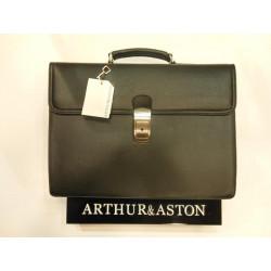 serviette cuir de vachette Arthur&Aston